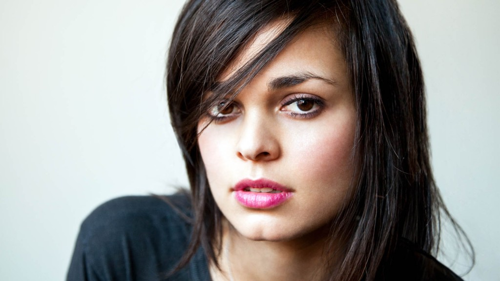 """Actress Lina Esco Talks About Her Badass Character on """"S.W.A.T."""""""